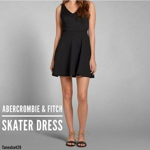 ·Mesh Cutout Dress· by Abercrombie